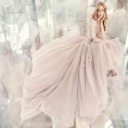 طراحی لباس عروسی و نامزدی